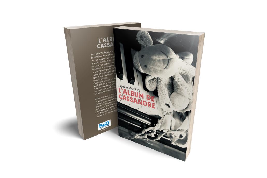 L'Album de Cassandre de Jacques VAZEILLE